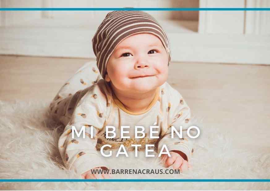 La importancia de gatear. Bebé sonriendo